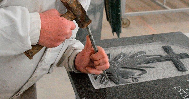 Arte funerario en Albacete | Manolo Simón
