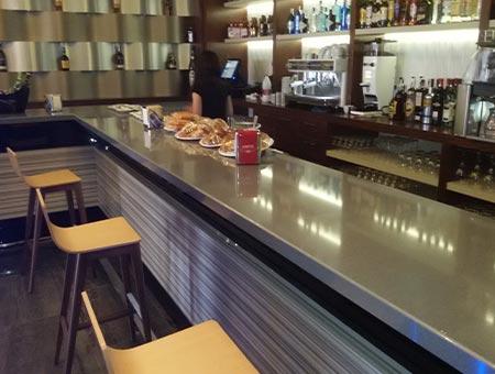 Barras de bar en Albacete | Encimeras Manolo Simón
